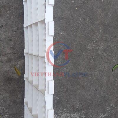 Sàn nhựa chăn nuôi dê – bò – gà – vịt 50 x 100 cm lỗ tròn