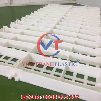 Sàn nhựa chăn nuôi dê – bò – gà – vịt 50 x 100 cm lỗ vuông