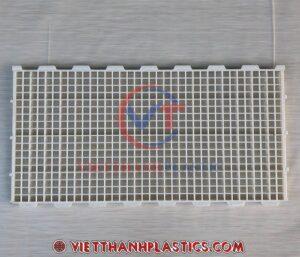 Sàn nhựa chăn nuôi 50 x 100 cm lỗ vuông nhỏ
